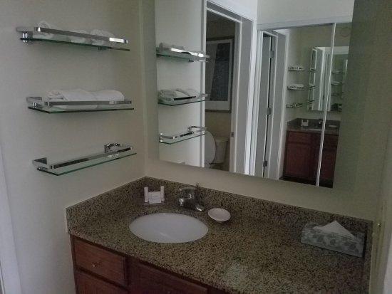 Residence Inn Greenbelt: 20170906_175002_large.jpg