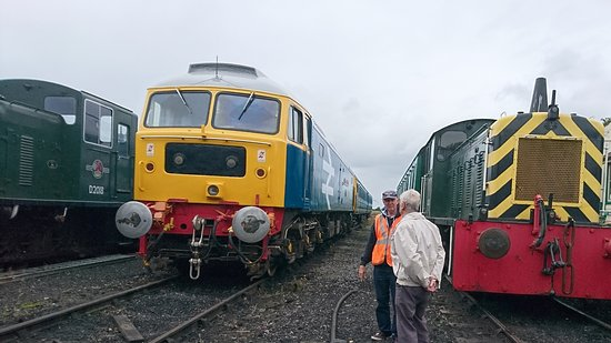 Burnham-on-Crouch, UK: Diesels, also a good static display together with interesting works in progress.