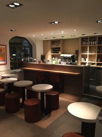 restaurant la loggia dans lyon avec cuisine italienne. Black Bedroom Furniture Sets. Home Design Ideas