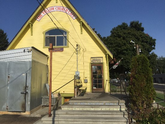 Ellensburg, WA: View of restaurant's back door