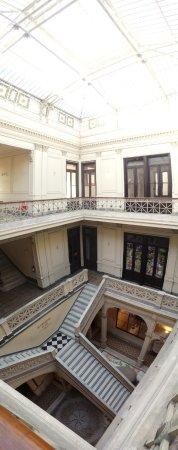 Museo de Arte Precolombino e Indigena: interno