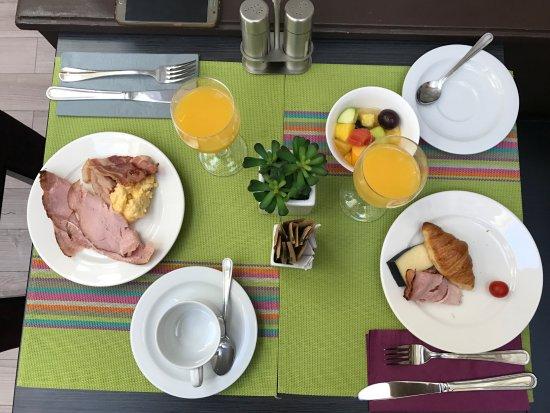 Hotel Etoile Saint-Honore: Café da manhã
