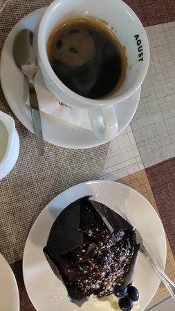 Corofin, Irlandia: Chocolate muffin (bake), Coffee