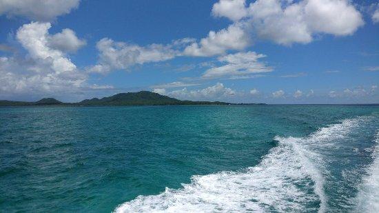 Sea Ventures Dive Center: Cristal clear water