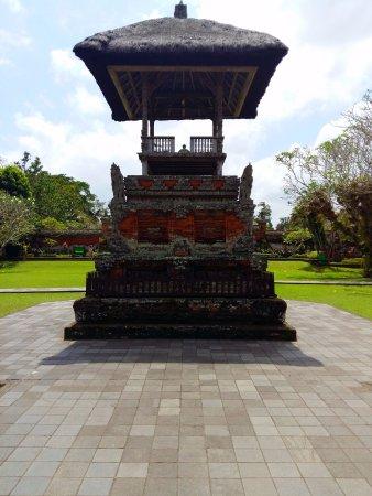 Mengwi, Indonésie : Small shrine