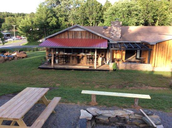 Floyd, فيرجينيا: Back Porch