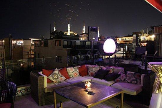 Tria Hotel Istanbul: Bar/Lounge
