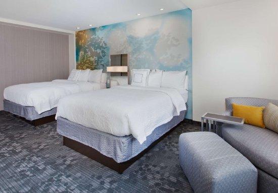 Auburn, AL : Queen/Queen Guest room