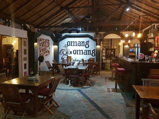 Main room at Omang Omang.
