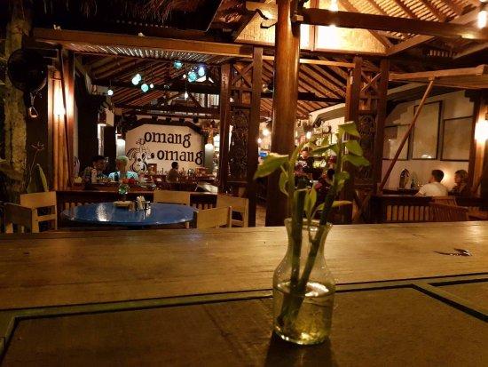 Omang Omang Bar Diner: View from the front bar.