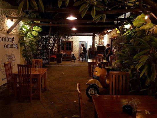 Omang Omang Bar Diner: Thru to the Coffee Bar.