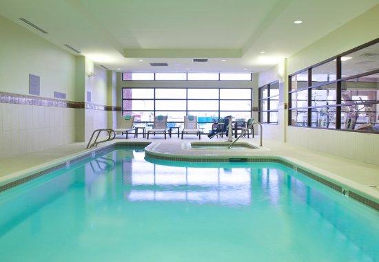 Everett, WA: Indoor Pool and Spa