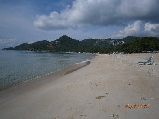 Chaweng Noi Beach: Looking back towards Lamai