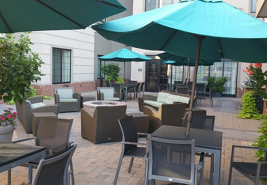 Williamsport, PA: Outdoor Patio