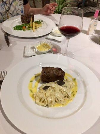 L'Assiette : Grilled Beef Tenderloin Main Dishes