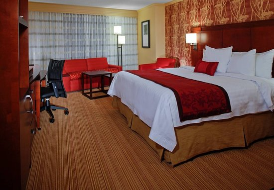 Decatur, GA: King Guest Room