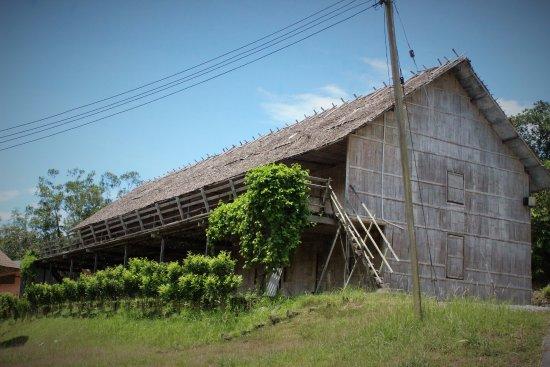 Bau, Malaysia: Traditional Longhouse