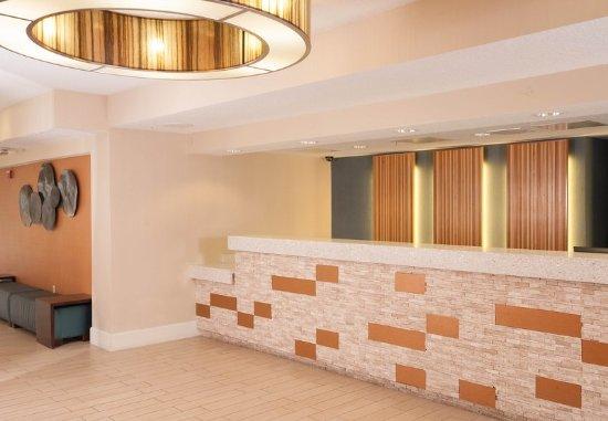 Residence Inn Orlando Convention Center: Front Desk
