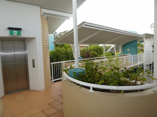 Coolum Beach, Avustralya: view from apartment entry on second floor