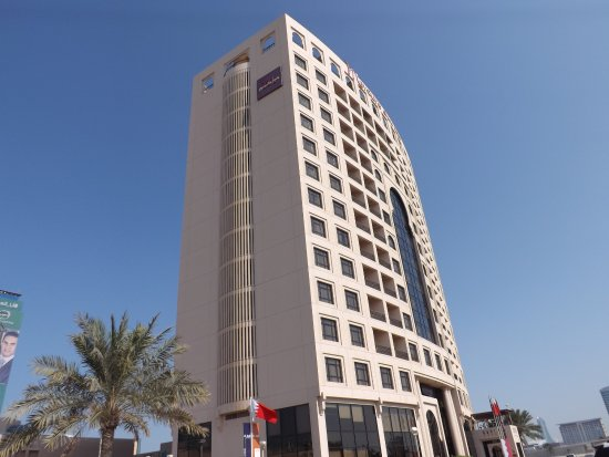 Mercure Grand Hotel Seef Photo