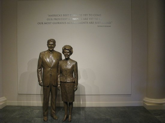 Ronald Reagan Presidential Library and Museum Resmi