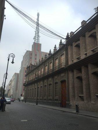 Hampton Inn & Suites Mexico City - Centro Historico : A block down the street