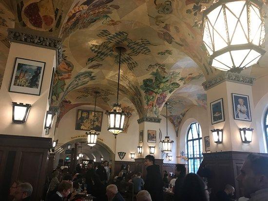 Soffitti decorati interno foto di hofbraeuhaus monaco di baviera tripadvisor - Soffitti decorati ...