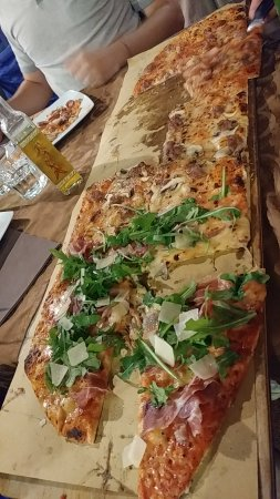 Pizza al Metro L'Osteria: IMG_20170910_205306684_large.jpg
