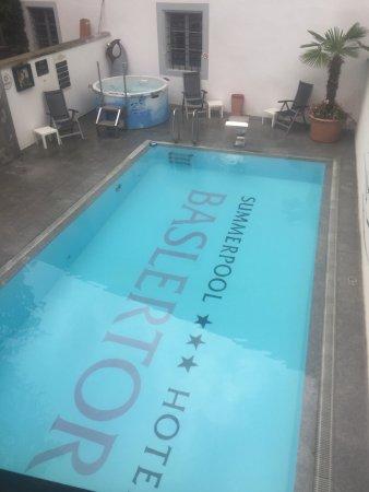 Baslertor Summer Pool Hotel : photo0.jpg