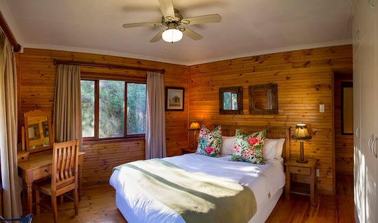 Thunzi Bush Lodge: Hornbill Main Bedroom