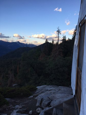 Bearpaw high sierra camp prices campground reviews for Cheap cabin deals in sequoia