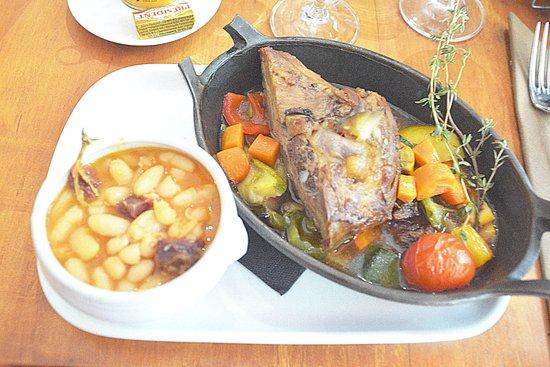 La Brasserie Bordelaise: L'épaule d'agneau bien copieuse !