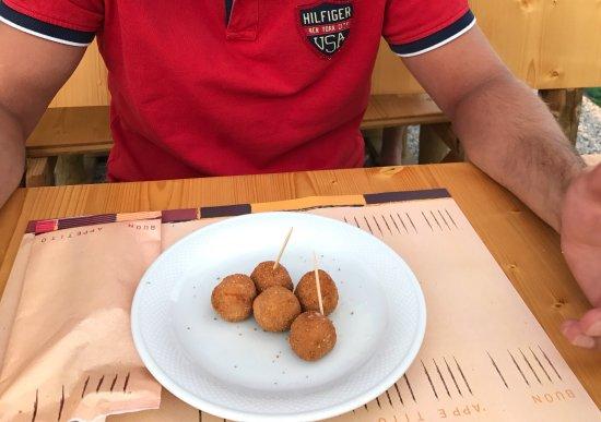 Trattoria Pizzeria Al Funghetto: photo0.jpg