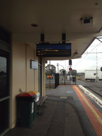 Fawkner, Australia: Metro Station near the hotel !