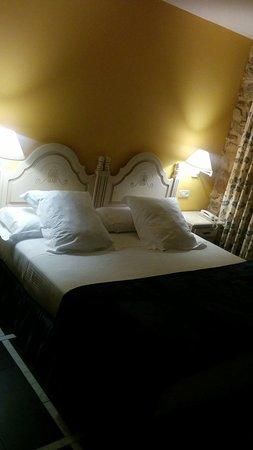 Hotel Palacio de la Vinona: IMG_20170913_211855_large.jpg