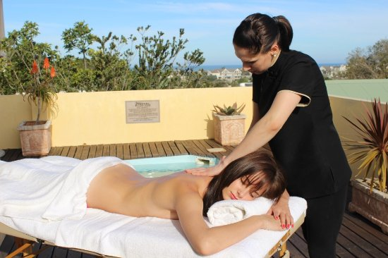 Port Alfred, África do Sul: Treatments offered at guest houses when booking a pamper packages.