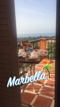The Marbella Heights Boutique Hotel: Clean nice place,great welcome and lovely view.but it far away of every thing.for me if i come b