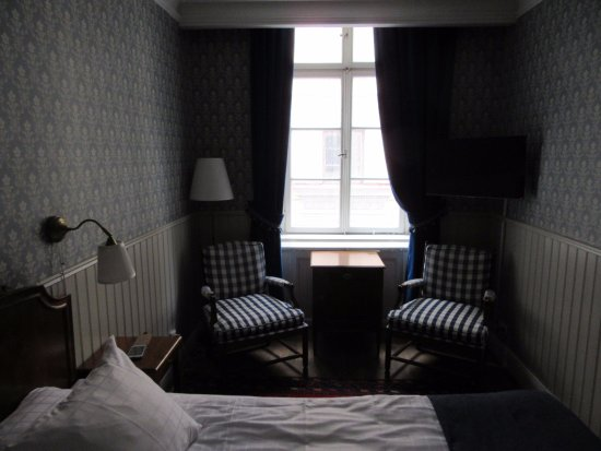 Scandic Gamla Stan: King bedroom