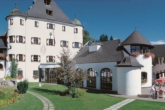 Mira Hotel Schloss Rosenegg Fieberbrunn Osterreich