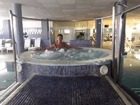 H10 Estepona Palace: spa