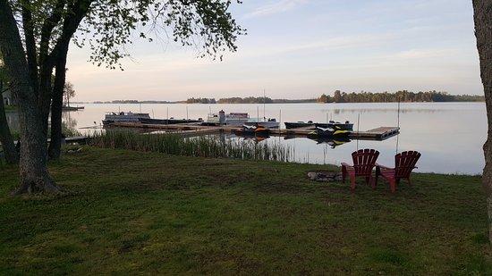 Lavigne, Canada : rental boats