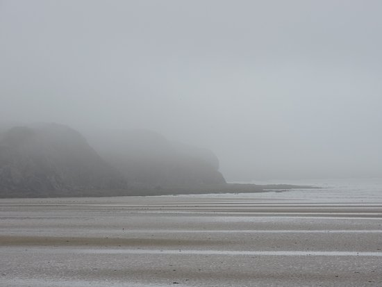 Duncannon Beach : Moonset & Mist
