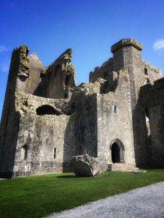 Rock of Cashel : Main entrance to castle