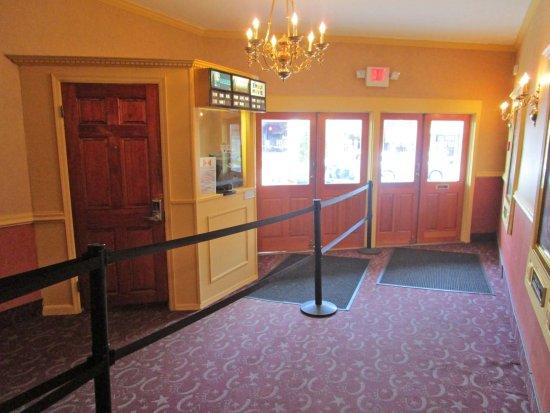 Bernardsville Cinema 3