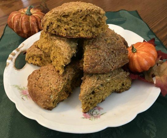 Parish House Inn: Pumpkin Ginger Scones