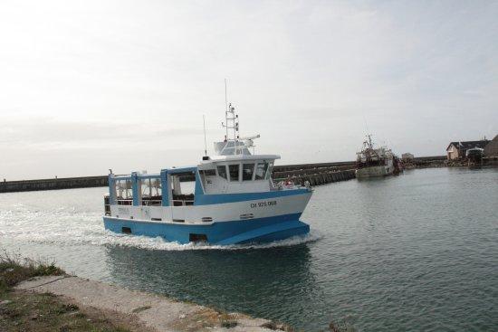 Saint-Vaast-la-Hougue, Γαλλία: le bateau de la traversée qui vient nous chercher à St-Vaast-la-Houge