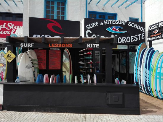 Caleta de Famara, Ισπανία: Costa Noroeste Surf and Kitesurf School