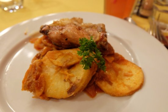 Spinoza Cafe: Chicken with Potatoes