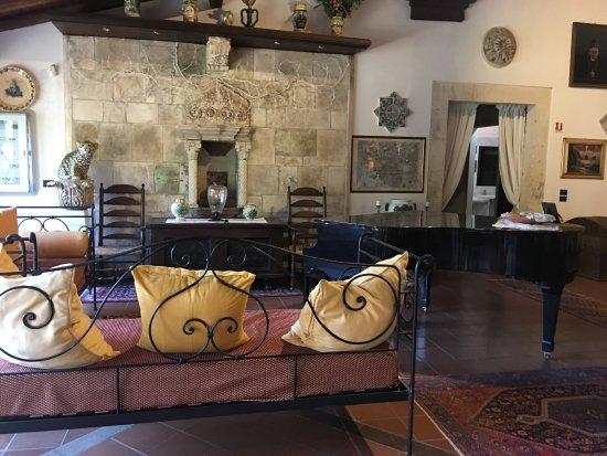 Villa dei Papiri : photo2.jpg
