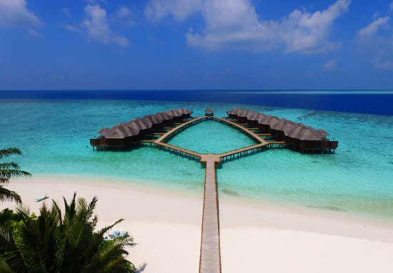 Fihalhohi Island: Water villa